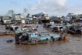 Schwimmender Markt auf dem Mekong