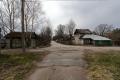 Veliky Novgorod - Straße, kleinere Orte die ich unterwegs sehe haben keine befestigten Straßen